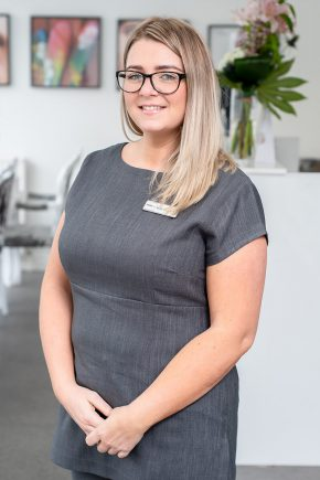 Nicola Cadden-Kay - Accounts Manager | Posh Nailz