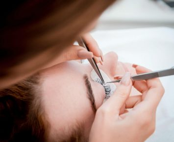 what is a beauty therapist