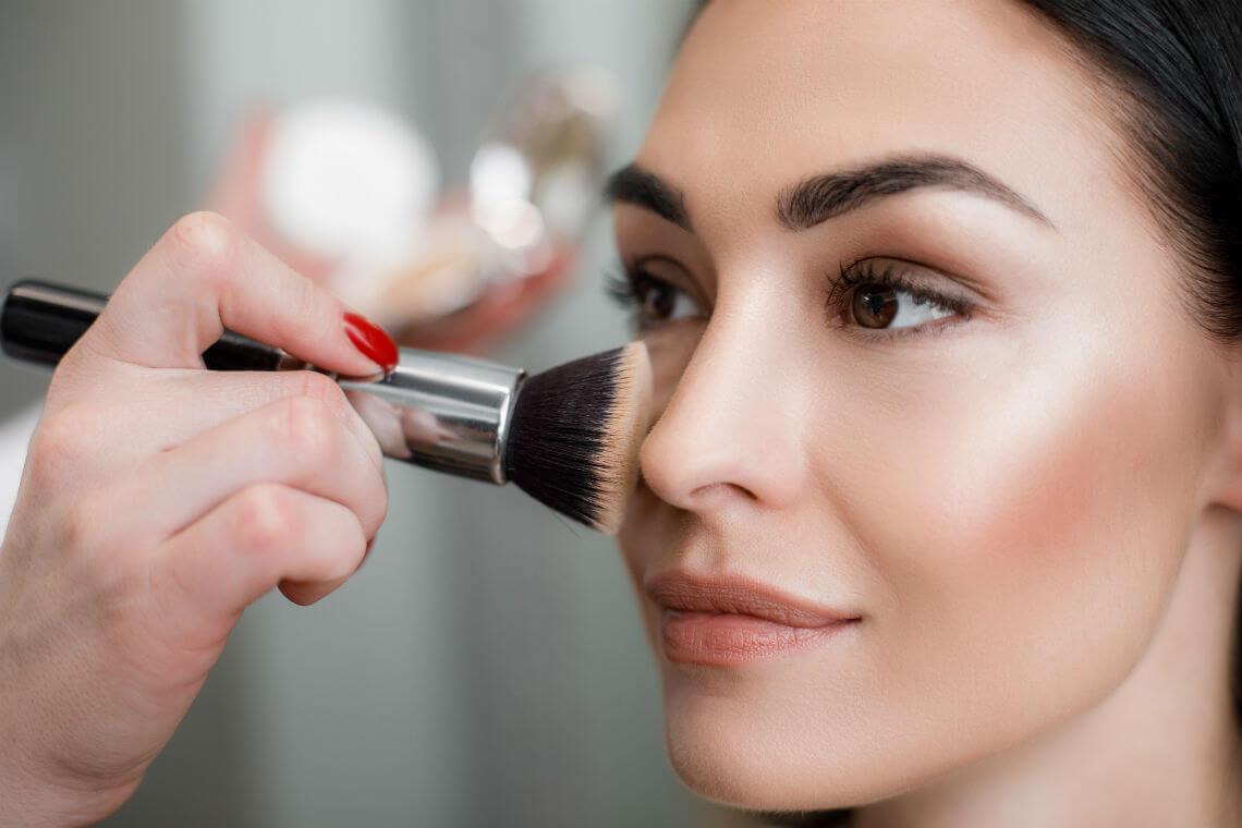 equipment list for makeup artists