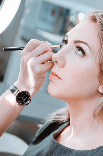 makeup artist course