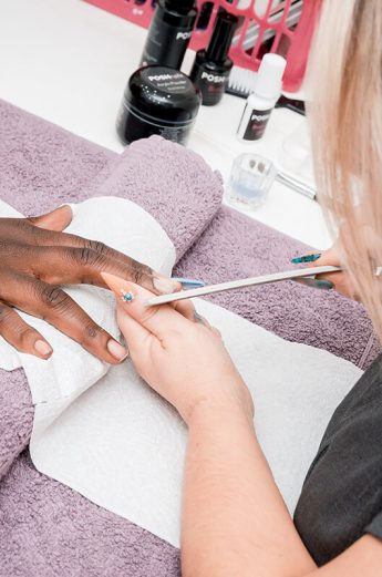 nail tech cleaning